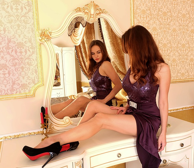 Love Yourself! Coming To Terms With What You See In The Mirror